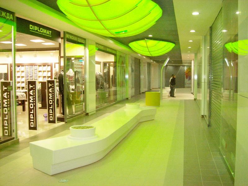 скамейка для торгового центра